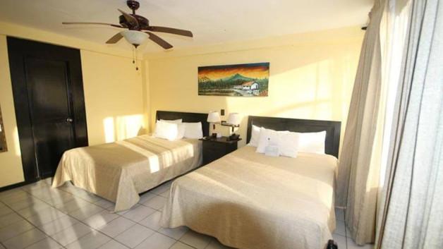 el-sitio-single-beds-room-800px-opt